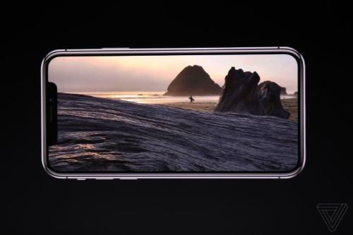 """""""화면을 왜 가려""""…아이폰X 'M자탈모' 디스플레이 논란"""