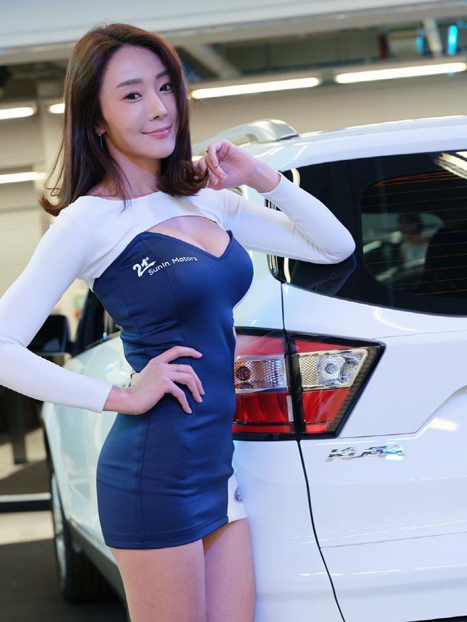 [머스탱 트랙데이] 포드 쿠가와 함께 한 레이싱 모델 김보람