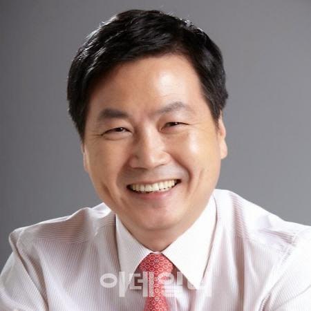 중기부 장관 후보에 홍종학 전 의원 지명(종합)