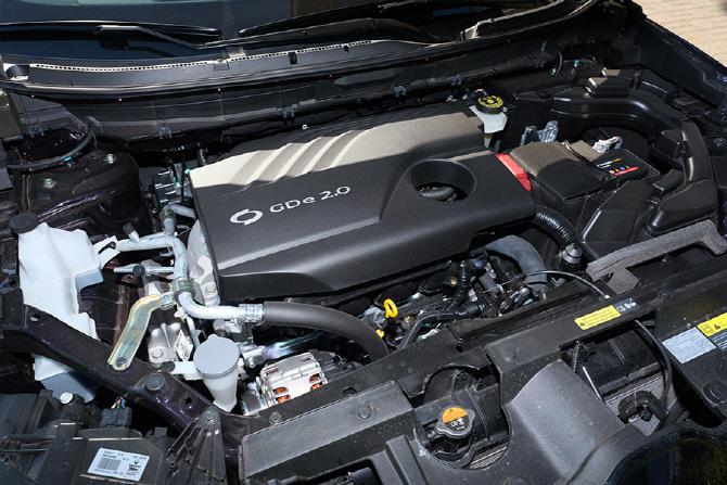 144마력의 2.0L GDe 엔진을 탑재한 르노삼성 QM6 GDe