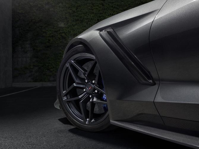 쉐보레 콜벳 'ZR1', 타이어 휠