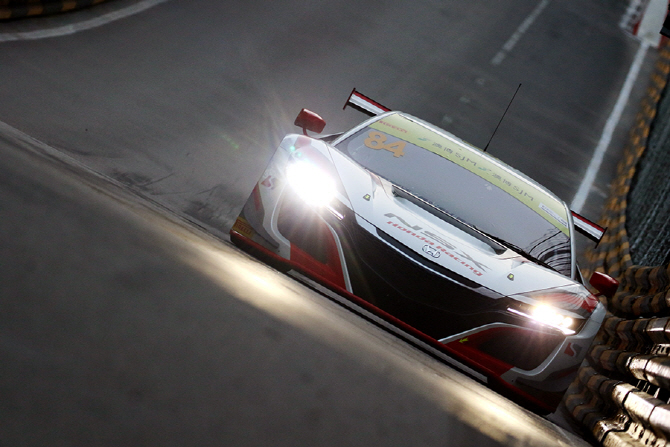 [마카오 GP] 날렵한 디자인이 이목을 끄는 혼다 NSX GT3 레이스카