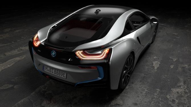 BMW 'i8 쿠페', 파워풀한 성능