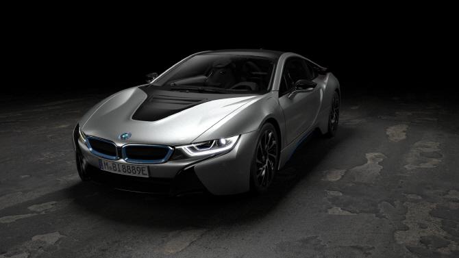 BMW 'i8 쿠페', 최고속도 250km/h