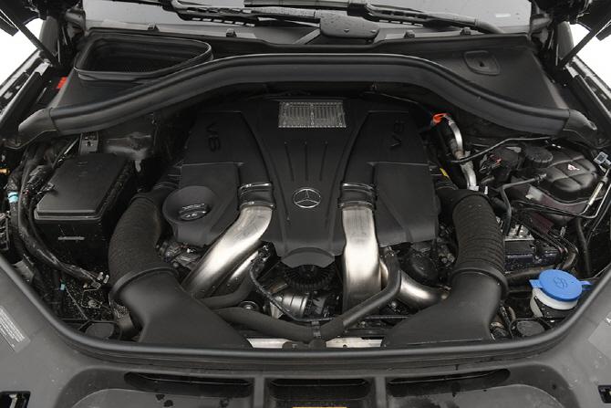 [시승기] 벤츠 GLS 500 4Matic - AMG가 아니라 더 좋은 존재
