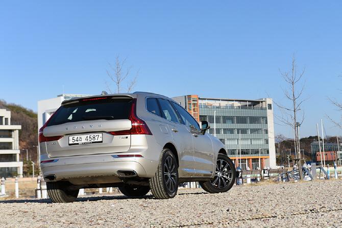 [시승기] 볼보 XC60 인스크립션 - 짜릿하게 즐기는 스웨디시 SUV
