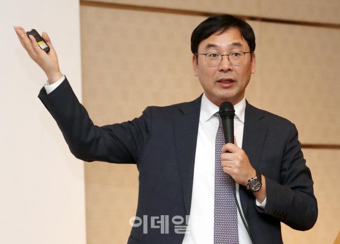 강연하는 오현석 삼성증권 투자전략 센터장