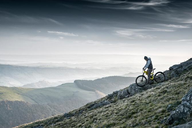 푸조 '리프터 4X4 콘셉트', 트렁크에 준비된 산악용 자전거