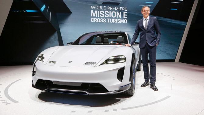 포르쉐 '미션 E 크로스 투리스모', 전기차의 미래