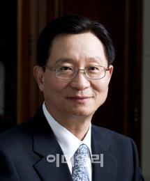 크레인 타고 노조 설득 나선 김종호 금호타이어 회장(종합)