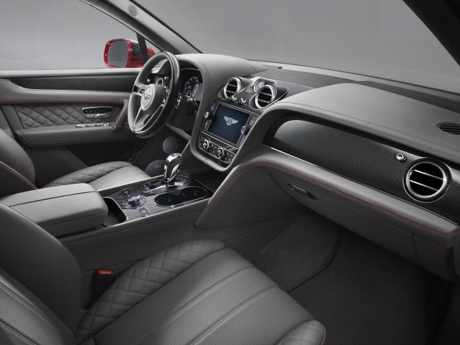 벤틀리, 베이징 모터쇼서 `벤테이가 V8` 최초 공개