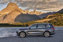 BMW 'X7', 근육질 차체