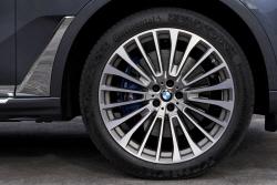 BMW 'X7', 타이어 휠