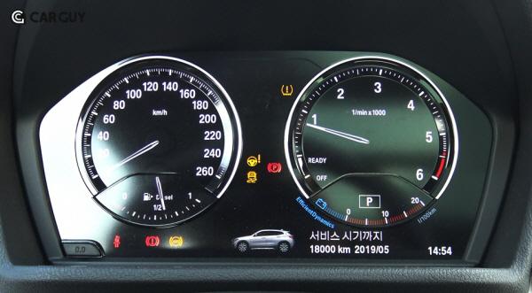 [시승기]날쌘돌이 쿠페형 SUV BMW X2..턱없이 비싼 가격