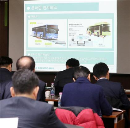 [분석]미세먼지 대책,디젤 대신 전기상용차 트럭ㆍ버스 늘려야