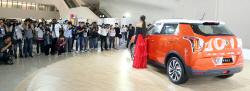 쌍용자동차 '베리 뉴 티볼리'에 몰린 취재진