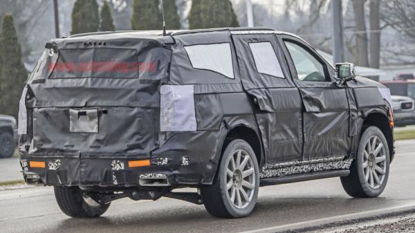 진짜 풀사이즈 SUV 캐딜락 에스컬레이드..차세대 모델 유출