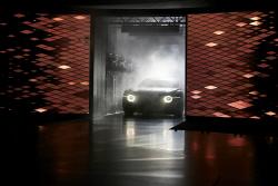 벤틀리 `EXP 200 GT`