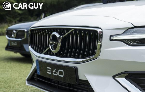 [시승기] 흔해빠진 독일차,기막힌 타이밍..볼보 S60