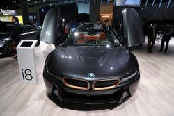 BMW 'i8', 화려한 자태