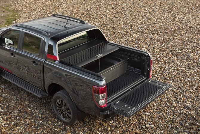 포드, 유럽서 픽업트럭 `레인저 썬더` 한정판 선뵈…4961만원