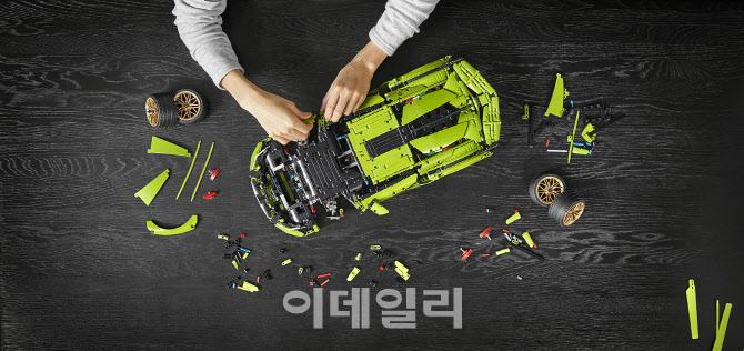 레고로 만든 람보르니기 HEV 슈퍼카 `시안`..`똑같네`