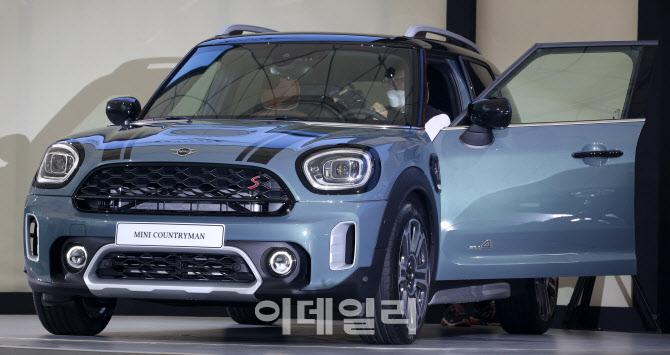 미니, SUV 컨트리맨 부분 변경 전세계 최초로 한국에서 공개
