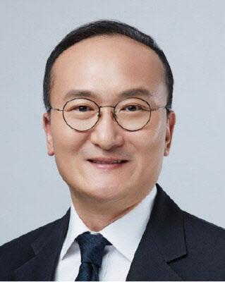 """이석희 """"인텔 낸드 10조원대 인수 안 비싸…무형자산도 포함"""""""