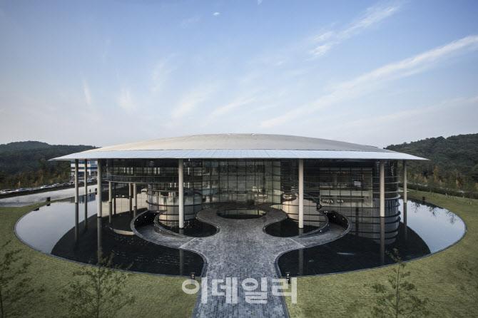 한국타이어, 11년 연속 '품질경쟁력우수기업'…명예의 전당 올라
