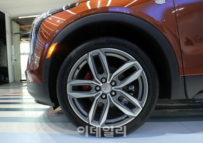 캐딜락 SUV 'XT4' 20인치 휠