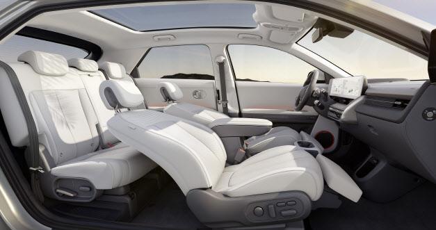 `또다른 집처럼` 車실내 공간 개념 바꾼 `아이오닉 5`