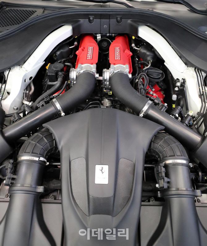 페라리 '포르토피노 M', 620마력의 V8엔진