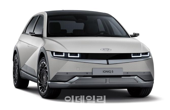 `아픈손가락` 치유 나선 현대차그룹..中서 전용 전기차로 `진검승부`
