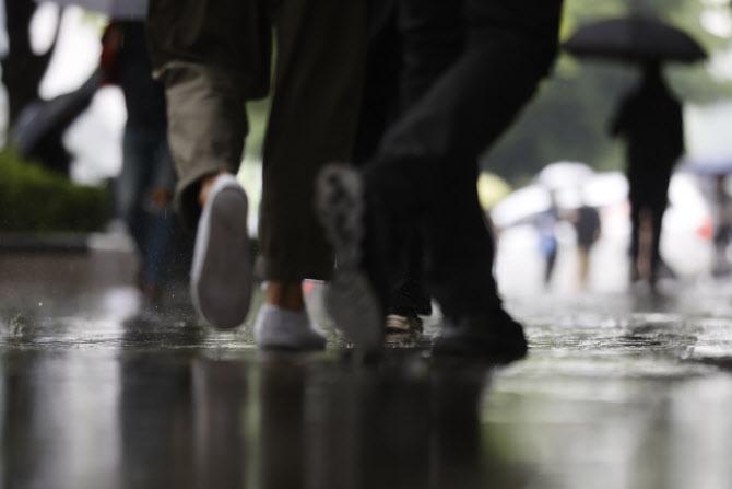 '폭설, 우박, 소나기' 요란스런 5월 날씨…지구온난화로 인한 이상기상