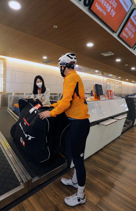 """""""자전거 갖고 제주도 여행가자""""‥제주항공, 캐링백 서비스 실시"""