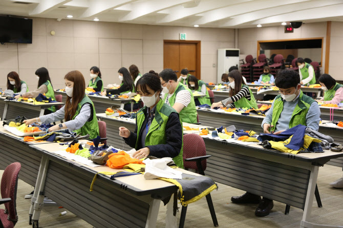 코오롱, 일상 속 ESG 실천…업사이클링 봉사 활발