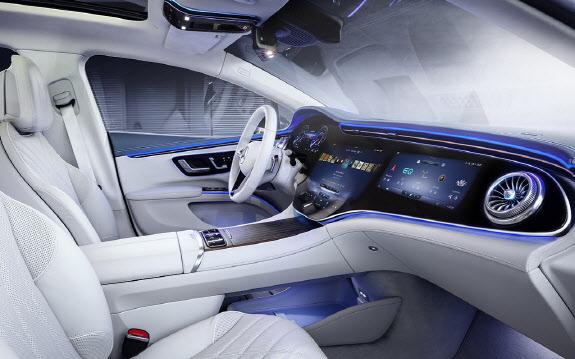 車 브랜드 실험장된 센터콘솔…실내활용 극대화 경쟁 `치열`