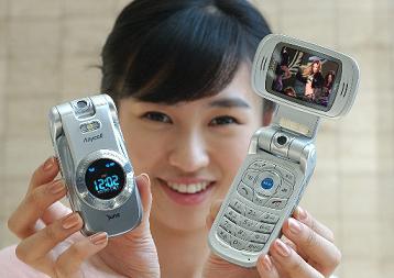 삼성전자, 화상통화폰 `가로본능Ⅲ` 출시