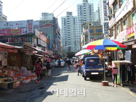 강남 '금싸라기 땅' 개발 멈춘 사연은?