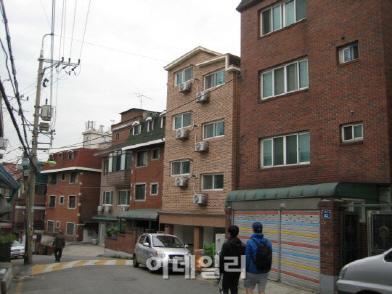 """""""아파트 전세보다 낫네""""…서울 주택거래 4채 중 1채는 '빌라'"""