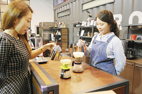 """""""비싼 커피 왜 마시니?""""..홈카페족 급성장"""