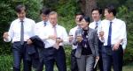 文대통령, 통합행보 가속…19일 5당 원내대표 靑오찬회동 추진(상보)