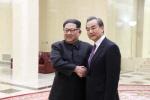 차이나패싱 막아라…中 왕이, 김정은 만나 경제지원에 혈맹 강조