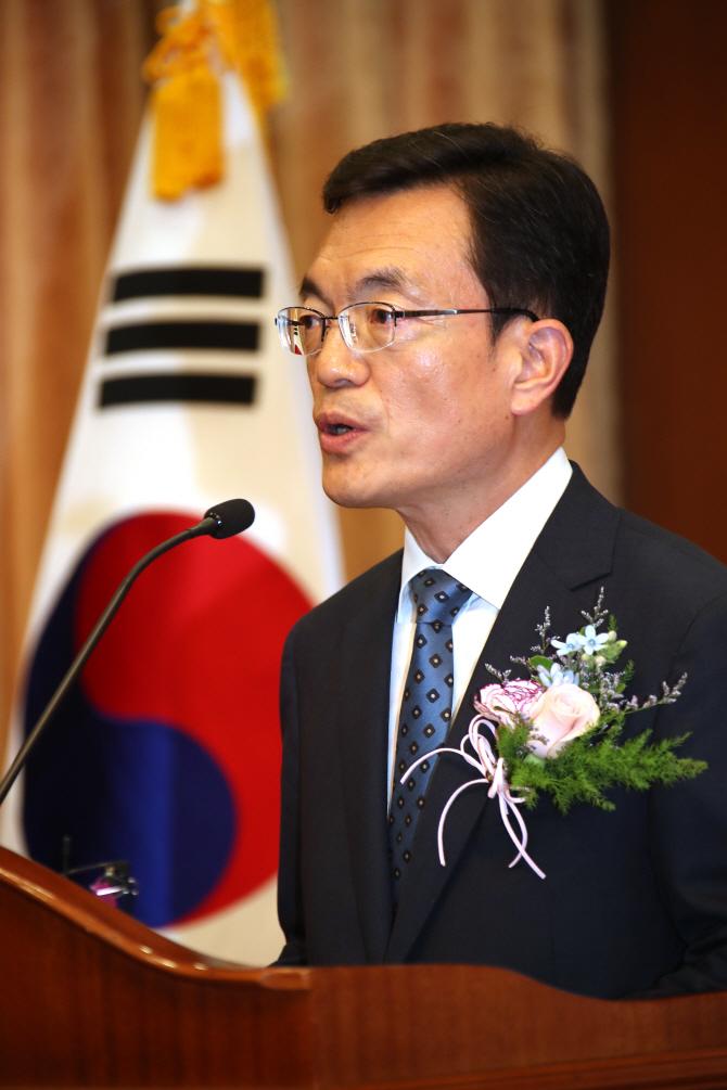 """조세영 1차관의 '돌직구'… """"외교부 비상한 상황"""""""