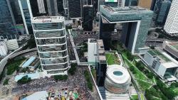 들끓는 홍콩…'아시아 허브' 자리 흔들리나