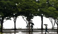 낮부터 흐려져 서울·경기 등에 비…낮 최고 31도