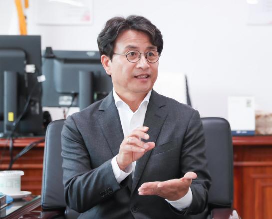 """""""지역화폐 열기, 교육·문화·출산과 연계한다"""""""