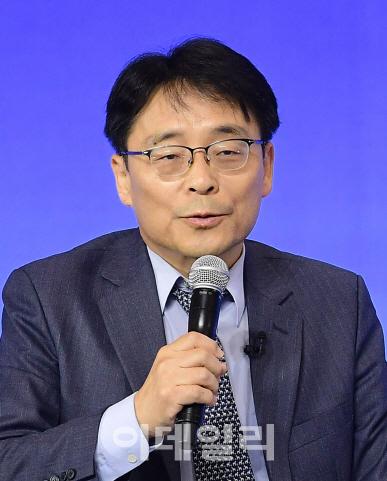 """[인터뷰]조성렬 """"트럼프 방한때 남북미 종전선언 가능성"""""""