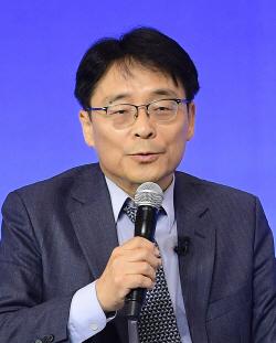 """""""트럼프 방한때 남북미 종전선언 가능성"""""""