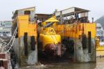 제주서 관광용 잠수함 폭발 사고…작업자 3명 중경상
